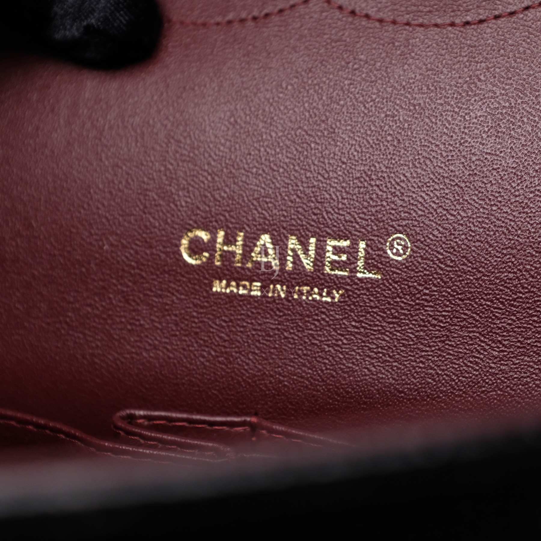 Chanel Classic Handbag Caviar Maxi Black BJ Luxury 19.jpg