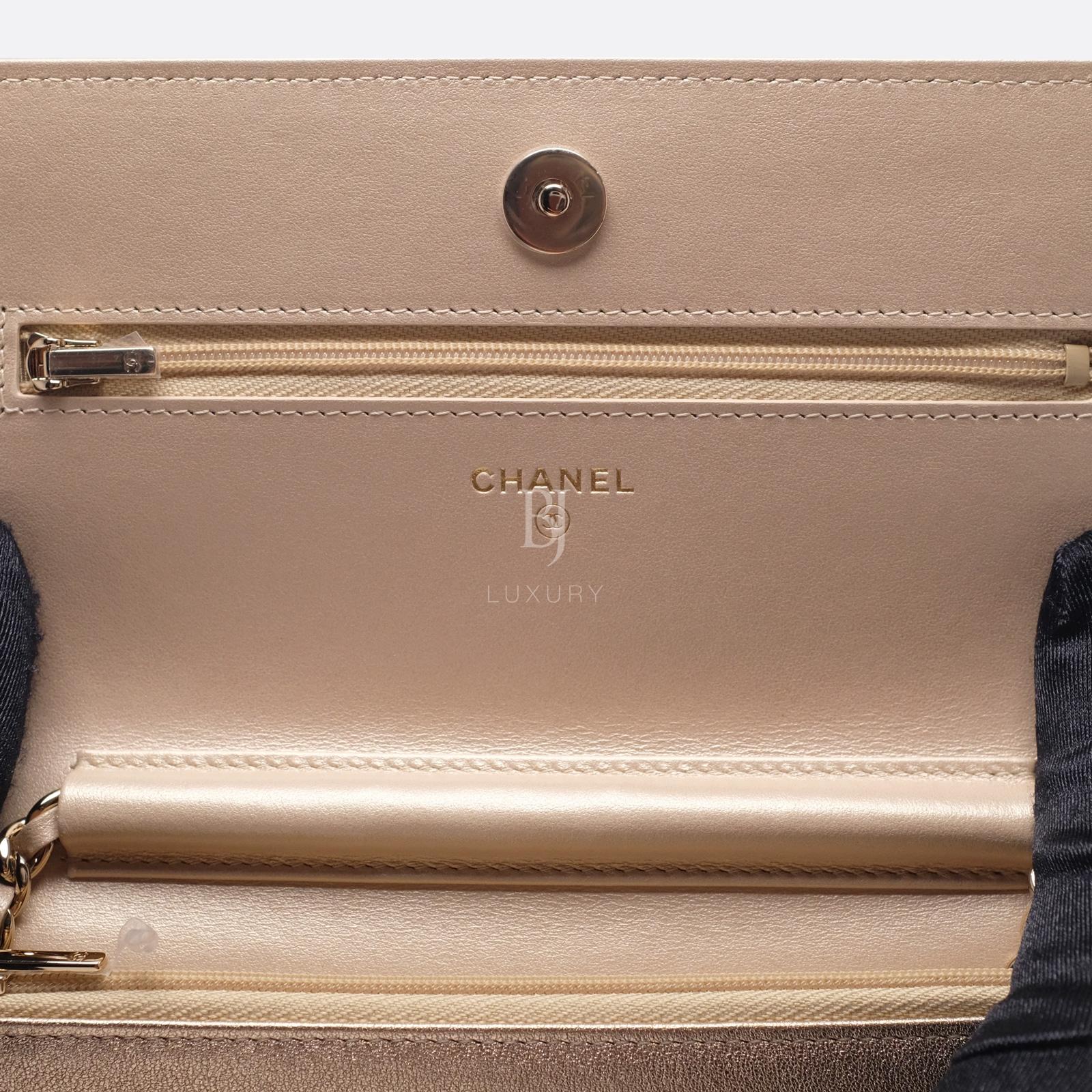 Chanel Wallet on Chain Mini Lambskin Light Gold BJ Luxury 12.jpg