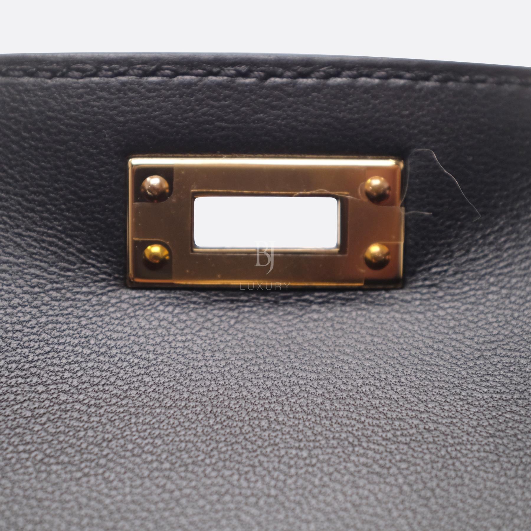 Hermes Kelly Sellier 20 Black Gold Hardware Epsom 16 BJ Luxury.jpg