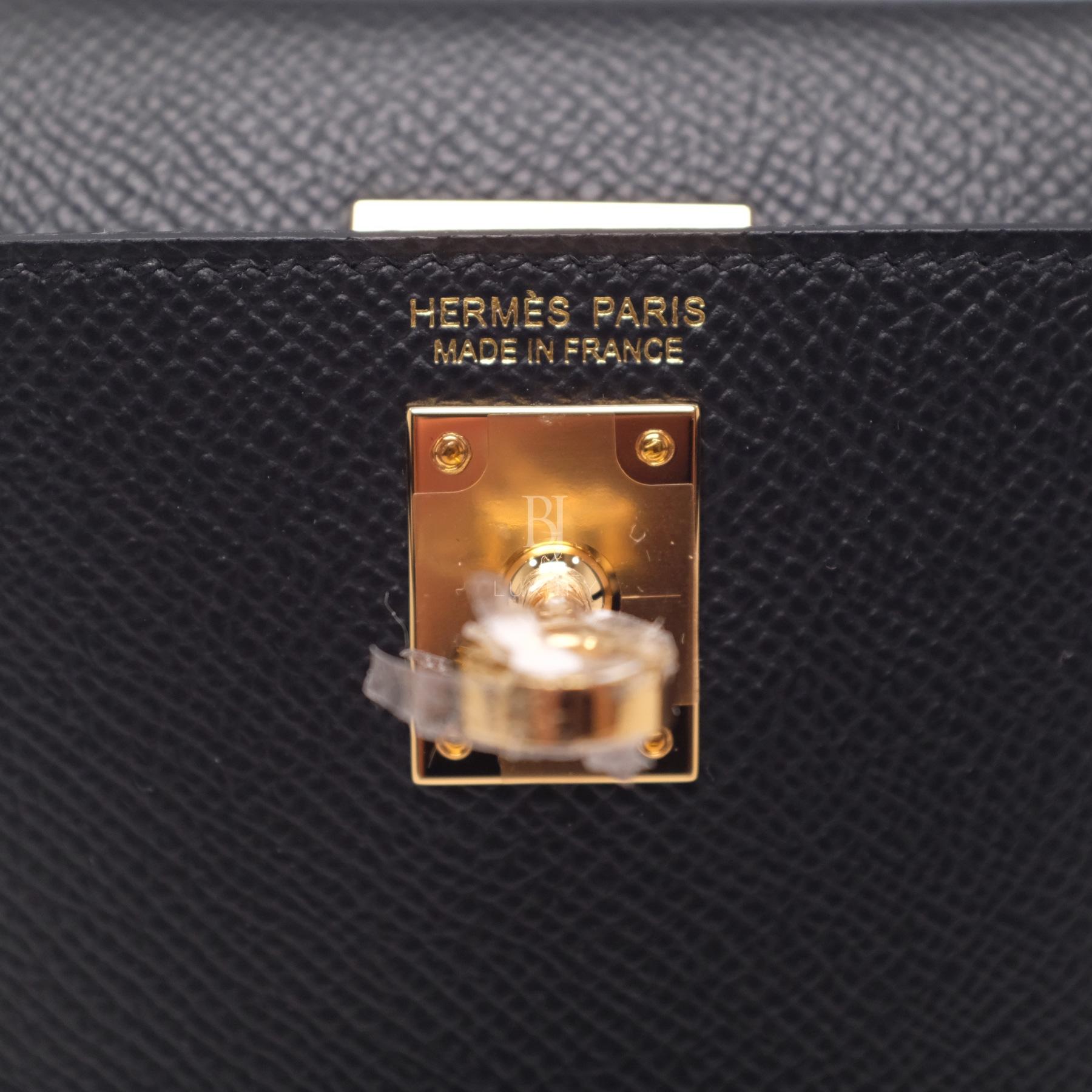 Hermes Kelly Sellier 20 Black Gold Hardware Epsom 17 BJ Luxury.jpg