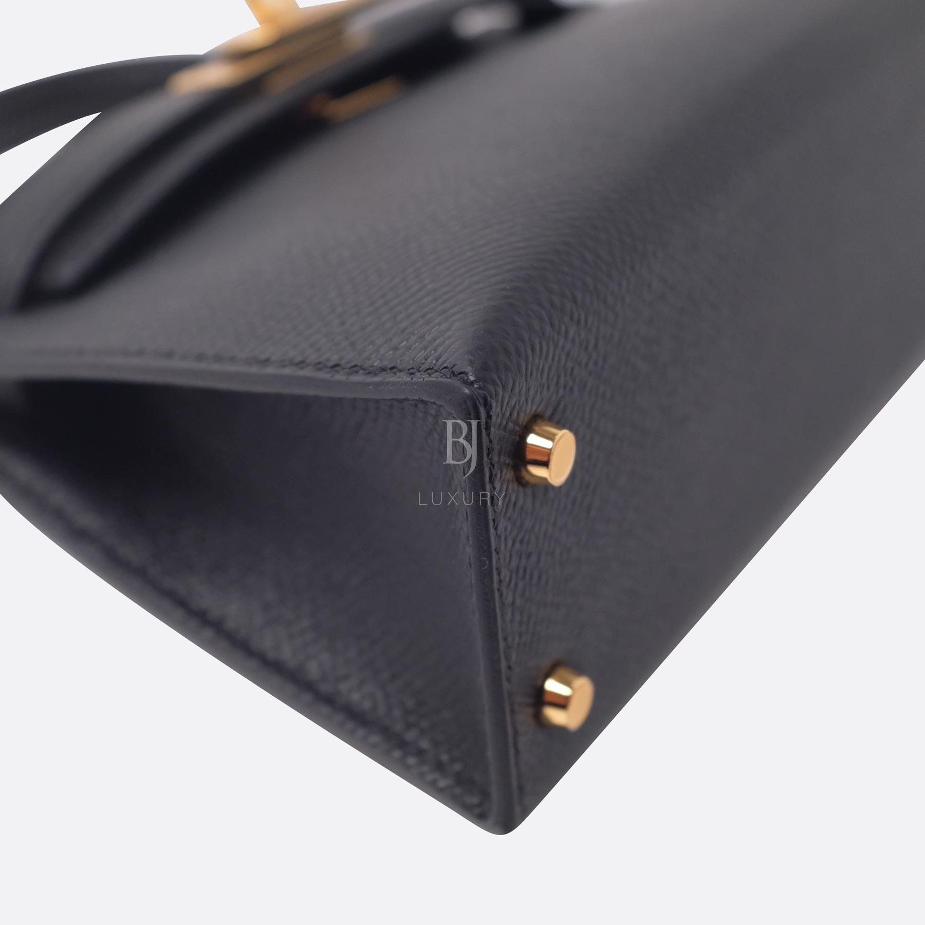 Hermes Kelly Sellier 20 Black Gold Hardware Epsom 6 BJ Luxury.jpg