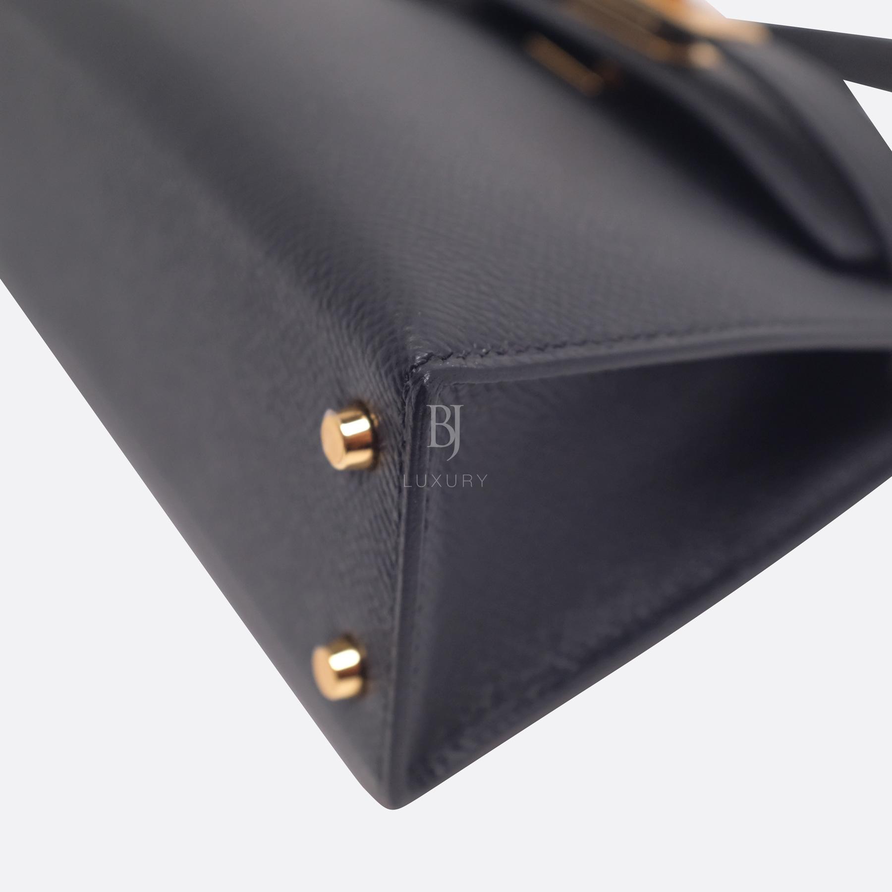 Hermes Kelly Sellier 20 Black Gold Hardware Epsom 7 BJ Luxury.jpg