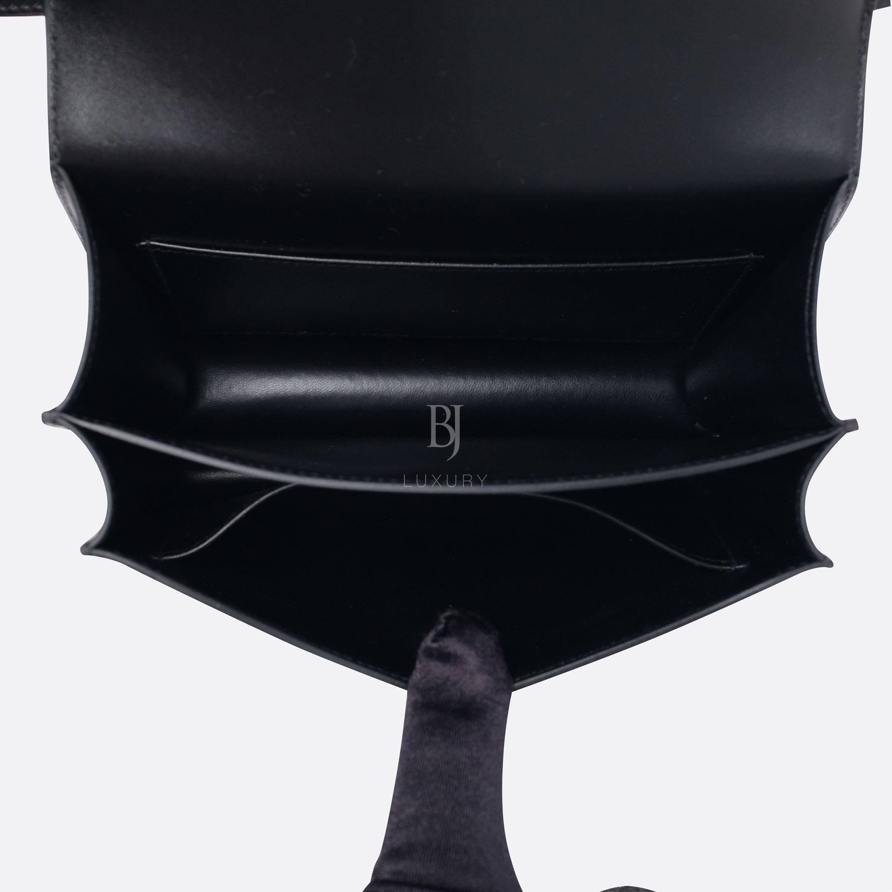 HERMES-CONSTANCE-18-BLACK-BOXCALF-DSCF8932.jpg